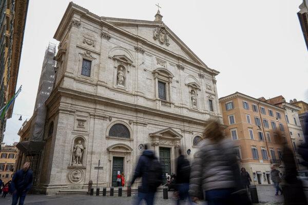V Ríme pre koronavírus uzavreli Kostol svätého Ľudovíta Francúzov.