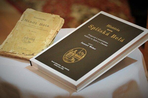 V knihe sa píše o histórii mesta.