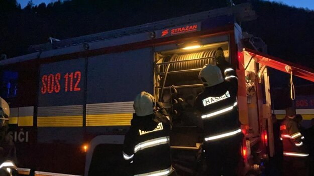 V Rudňanoch zasahovali spišskonovoveskí hasiči.