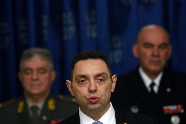 Srbský minister obrany Aleksandar Vulin.