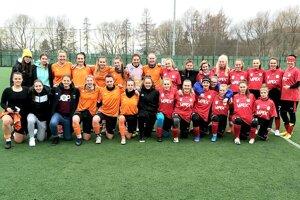 Prípravné futbalové stretnutie žien medzi MFK Tatran Liptovský Mikuláš - MFK Ružomberok.