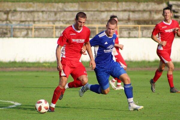 Momentka zo zápasu Piešťany - Radimov.