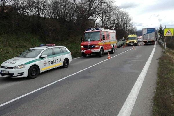 Vážna nehoda v Horných Vesteniciach.