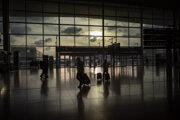 Prázdny terminál na letisku v Barcelone 19. marca 2020.