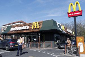 Americká sieť rýchleho občerstvenia McDonald's v Británii úplne zatvorí všetky prevádzky.