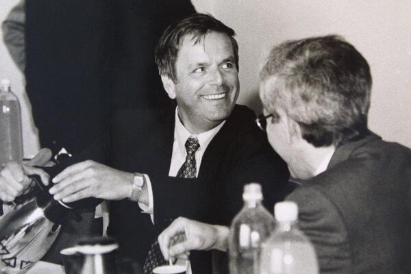 Exminister vnútra Ľudobít Hudek (vľavo)