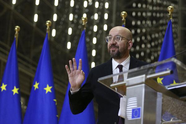Predseda Európskej rady Charles Michel na tlačovej konferencii po skončení videosummitu.