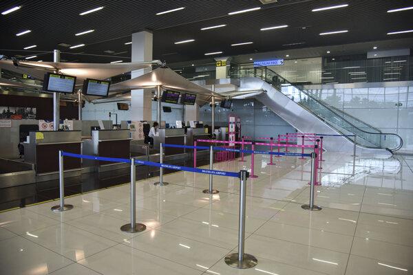 Letisko v Bratislave je od 13. marca 2020 uzavreté.