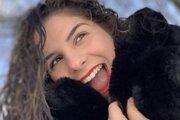 Julie, jedna z najmladších obetí koronavírusu v Európe, mala iba 16 rokov.
