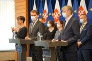 Premiér Matovič a Róbert Mistrík informovali o testoch na koronavírus.