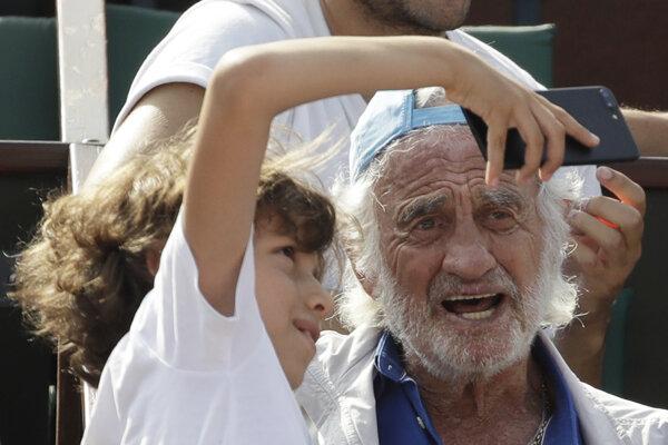 Jean-Paul Belmondo na Roland Garros.