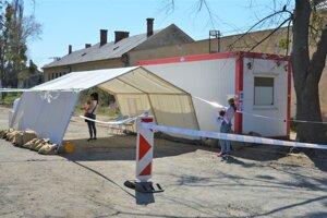 Mobilné testovanie COVID-19 v Prešove.