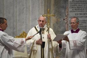 O globálnom prímerí hovoril cez Veľkú noc aj pápež František