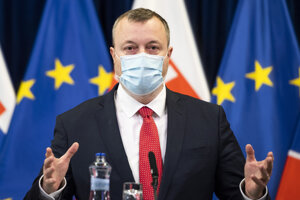 Minister práce Milan Krajniak (Sme rodina).