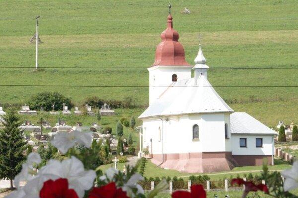 Rímskokatolícky kostol v Pribiši.