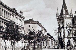 Pohľad na hotely Európa a Palace z dnešnej ulice Protifašistických bojovníkov.