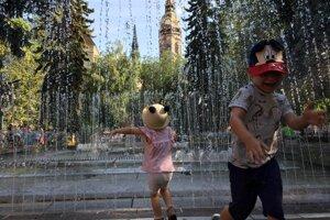 Hrajúca fontána na Hlavnej ulici bola prvá v Československu.