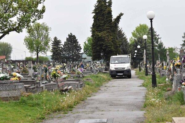 Cintorín v Krásnej.