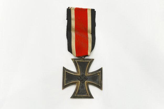 Železný kríž, nemecké vojenské vyznamenanie z II. svetovej vojny, ktorého pôvod siaha až do roku 1813.