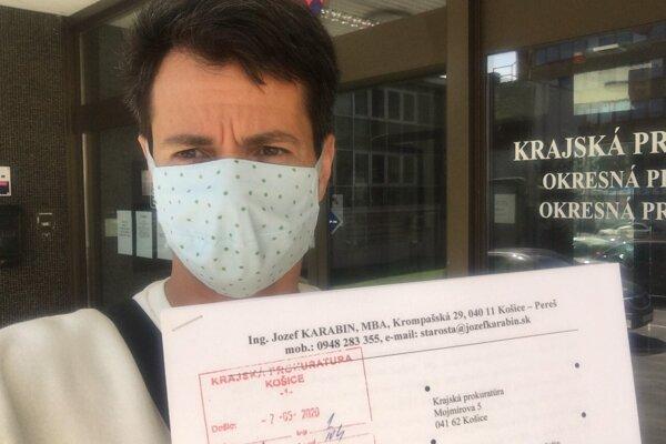 Starosta Karabin podal na prokuratúru podnet po tom, ako jeho MČ dostala za apríl o 15 % menej prostriedkov.