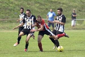 Oblastný futbalový zväz Levice predčasne ukončil sezónu 2019/2020.