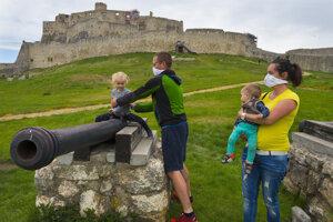 Turisti už znovu môžu vyraziť na Spišský hrad.