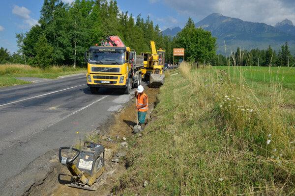 Práce na oprave cesty sa začali už v minulom roku.