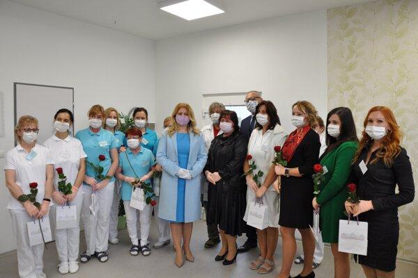 Prezidentka SR Zuzana Čaputová sa poďakovala zdravotníkom a dobrovoľníkom.