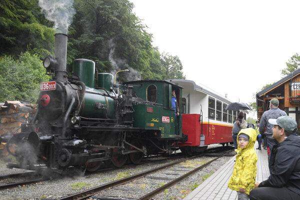 Detská železnička potešila deti.