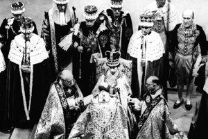 Korunovali ju 2. júna 1953.