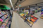 Nový supermarket Tesco v Petržalke na Farského.