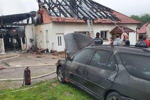 Po požiari domu v Horných Hámroch.