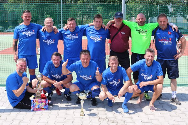 Majstrovský Euroteam.