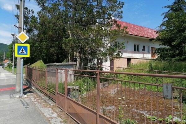 V budove, ktorá mala byť zrekonštruované na škôlku kedysi materská škola už bola.