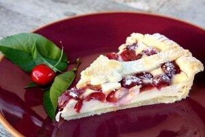 Čerešňovo - tvarohový koláč