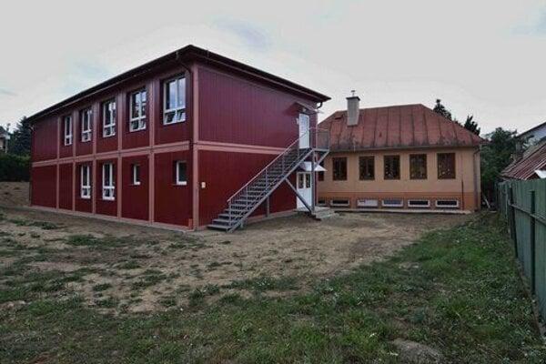 Modulová škola v Podsadku.
