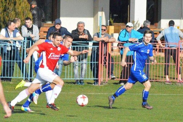 Ilustračná snímka z futbalu Pata - Alekšince.