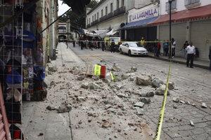 Škody po zemetrasení v mexickom meste Huatulco.