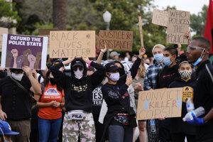 Protesty v Los Angeles.