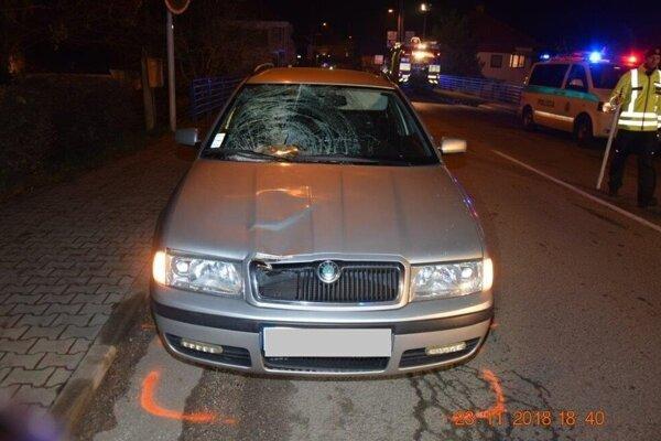 Škoda Octavia po nehode v Moldave nad Bodvou.