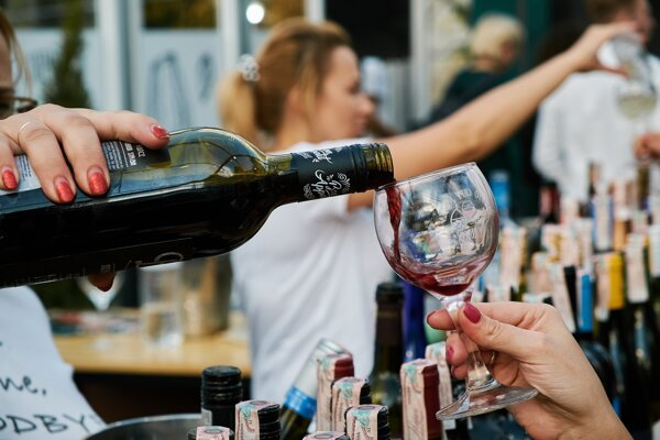 """Na lacné """"tuctové"""" vína, ktoré by valcovali v zahraničí konkurenciu, Slovensko nemá."""