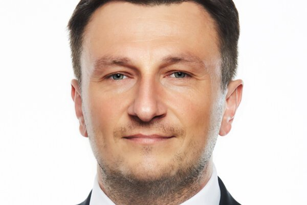 Radoslav Čuha, bývalý riaditeľ prešovskej nemocnice, sa po rokoch vrátil pracovať pre zdravotnícky segment finančnej skupiny Penta.