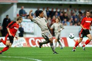 Ronaldinho v zápase Matador Púchov - FC Barcelona.