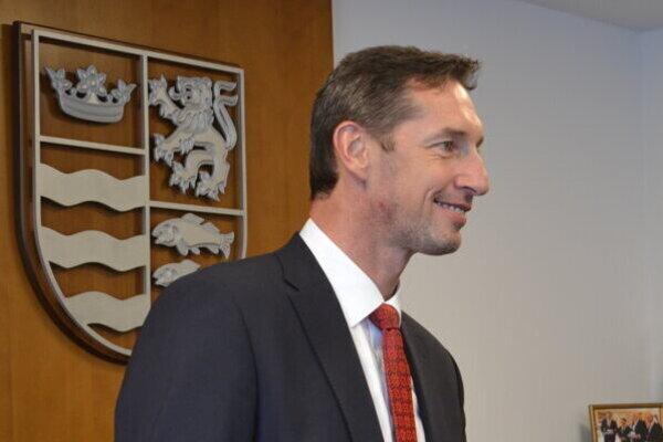Milan Majerský sa zasnúbnil.