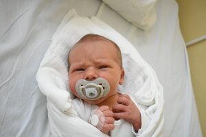 Jakub Baláž (3600 g, 51 cm) sa narodil 29. júna Michaele a Branislavovi z Lednice.