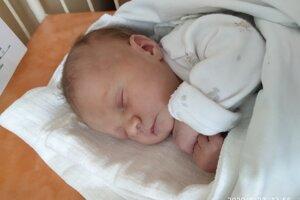 Michaela Štuková (2970 g, 49 cm) sa narodila 20. júna Radke a Jurajovi z Trenčianskych Bohuslavíc.