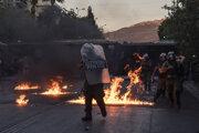 Nepokoje v Aténach.