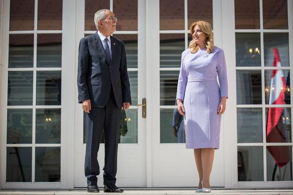 Rakúsky prezident Alexander Van der Bellen a prezidentka SR Zuzana Čaputová.