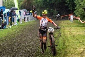 Janka Keseg Števková na MSR v horskej cyklistike 2020.