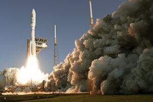 Misia Mars 2020 odštartovala z Mysu Canaveral v americkom štáte Florida.